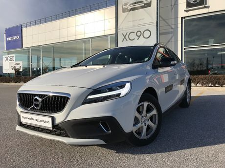 Volvo V40 Cross Country Τ3 Livstyl Automatic '17 - € 23.500 EUR