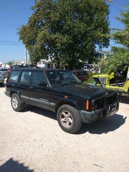 Jeep Cherokee Limited  '00 - 3.000 EUR