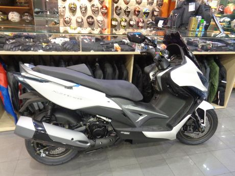 Kymco Xciting 400 ABS*15ΔΩΡΑ+ΤΕΛΗ'17 'H (-)TIMHS '17 - 6.050 EUR