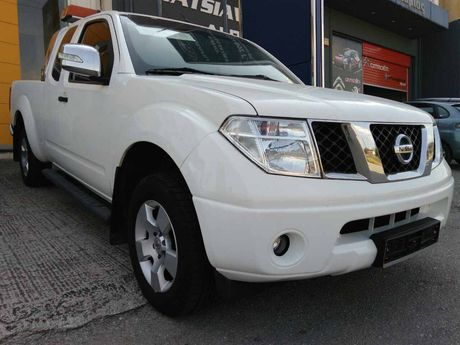 Nissan Navara 2,5 D PICK UP 4X4 '07 - € 11.500 EUR