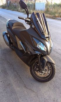 Kymco Xciting 400i  '14 - 4.300 EUR