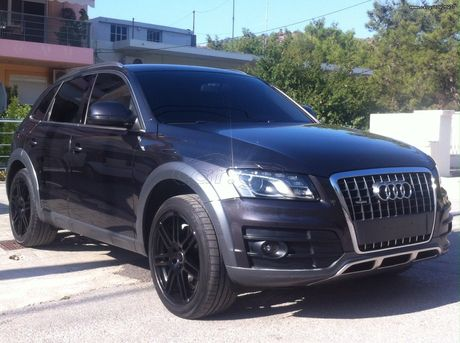 Audi Q5 OFF ROAD PACKET '10 - 21.000 EUR