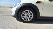 Mini Clubman ONE DIESEL-FULL EXTRA 6TAXYTO '11 - 12.300 EUR