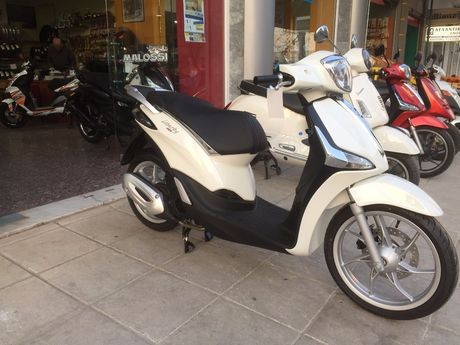 Piaggio  LIBERTY 150 4T I-GET ABS NEW '18 - € 2.400 EUR