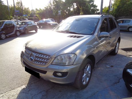 Mercedes-Benz ML 350  '05 - 0 EUR