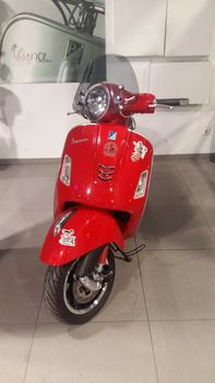 Vespa  GTS 300IE SUPER '16 - 3.800 EUR (Συζητήσιμη)
