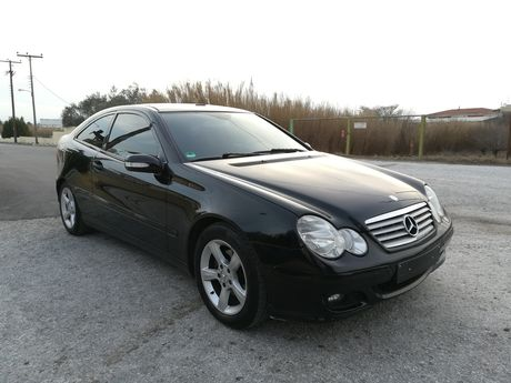 Mercedes-Benz C 180 PANORAMA ΑΥΤΟΜΑΤΟ SPORTSCOUPE '07 - 8.990 EUR