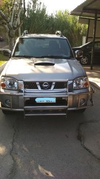 Nissan  NAVARA PICK-UP 4X4 133HP '05 - 12.500 EUR