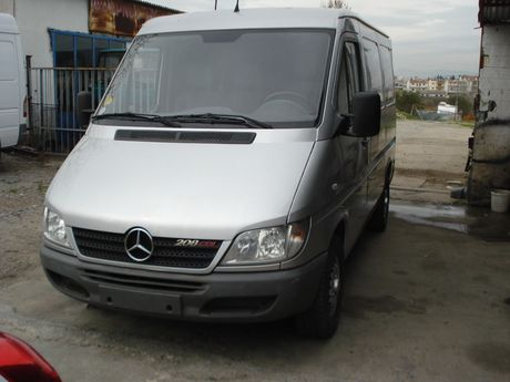 Mercedes-Benz  SPRINTER 208 CDI '05 - € 7.000 EUR