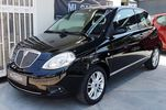 Lancia Ypsilon -FULL EXTRA-GAS-BOOK SERVICE