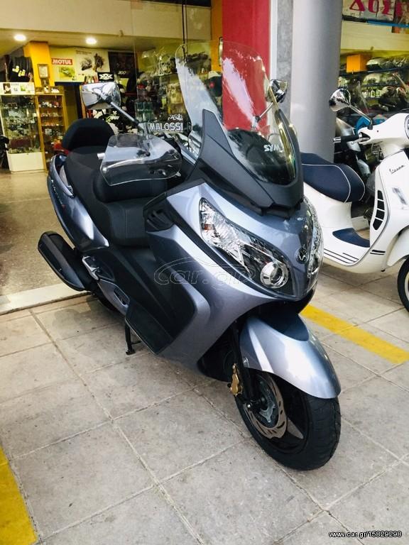 Sym Maxsym 400i MAXSYM 400I '2013 - 4000 0 EUR - Car gr