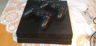 Sony Playstation 4 (PS4) 500GB 2 DUAL SHOK 3 GAMES