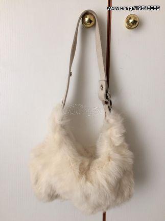 450f1c1ddf Τσαντάκι γυναικείο χειρός άσπρο γούνινο - € 10 EUR - Car.gr