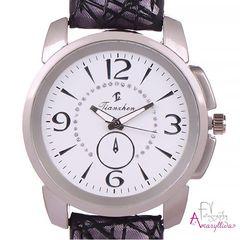 9875a397db Γυναικείο ρολόι χειρός με μαύρο ανάγλυφο λουρί και λευκό καντράν by  Amaryllida s Art collection - 22386