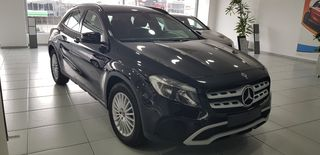 Mercedes-Benz GLA 180 ENTRY PACKAGE