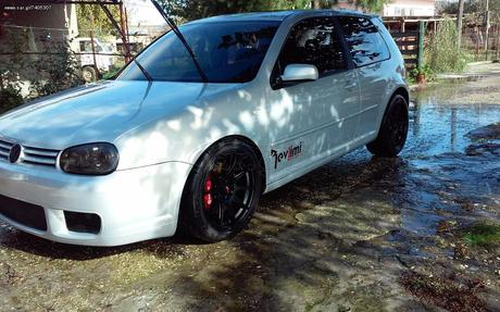 Volkswagen Golf GTI 20V TURBO  '01 - 7.500 EUR