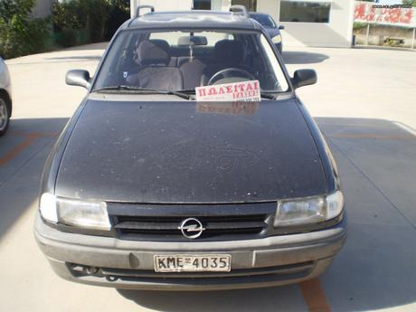 Opel Astra  '97 - 1.650 EUR