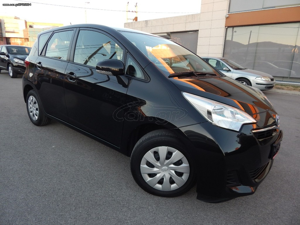 toyota yaris verso s diesel 1 4 d4d 39 2012 10800 0 eur. Black Bedroom Furniture Sets. Home Design Ideas