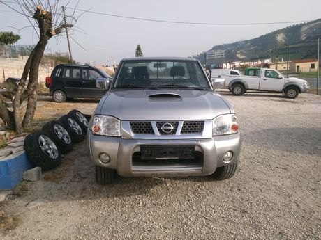 Nissan Navara 2500 4X4 TURBO INTERCOOLER  '04 - 9.500 EUR (Συζητήσιμη)