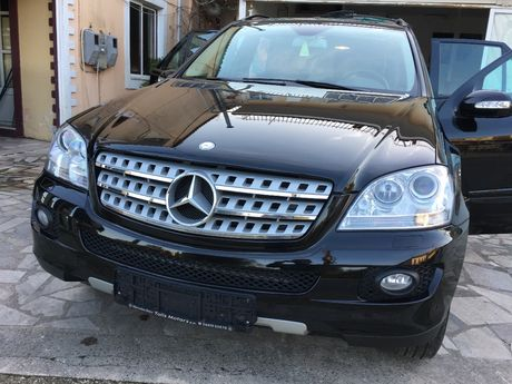 Mercedes-Benz ML 350  '07 - 25.000 EUR