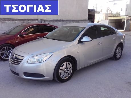 Opel Insignia 1.4 TURBO 140 PS '12 - 10.500 EUR