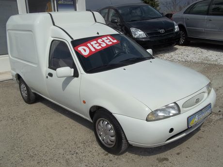 Ford  COURIER '99 - 2.700 EUR